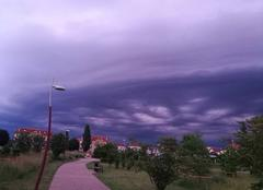 Nuages Woippy 57140 Independence Day