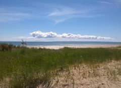 Nuages Barneville-Carteret 50270 Barneville plage nuages accrochés sur jersey