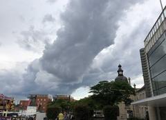 Orage Saint-Pierre-des-Corps 37700 Avant l?orage