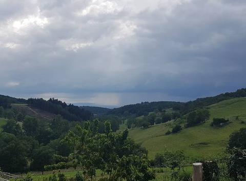Gros orages dans les monts avant Feurs !