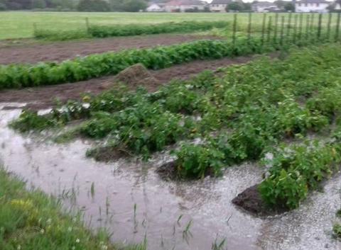 Forte pluie au alentours de Chalon-Sur-Saone