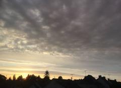 Ciel Plouha 22580 Belle lumière du soir après une journée grise