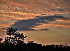 Ciel Nogaret 31540 Beau tableau de nuages.
