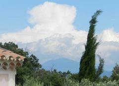 Nuages Lagarde-Pareol 84290 Bourgeonnement sur le Mont Ventoux