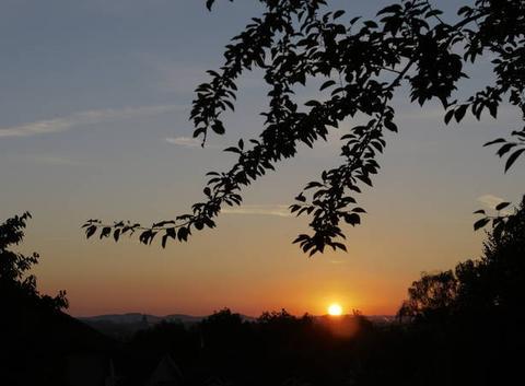 Ciel de ce mercredi 20 juin 2018 à St Lézer à 06h 22.