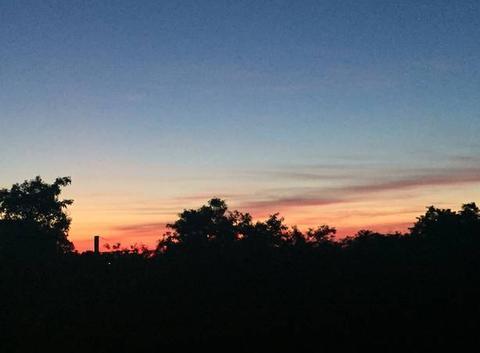 Enfin les couchers de soleil estivaux..