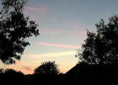 Nuages Bourbriac 22390 Des traînées roses dans le ciel