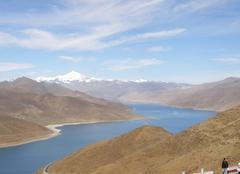Nuages Lhassa Nuages elevés - Tibet - lac Yamzho Numco