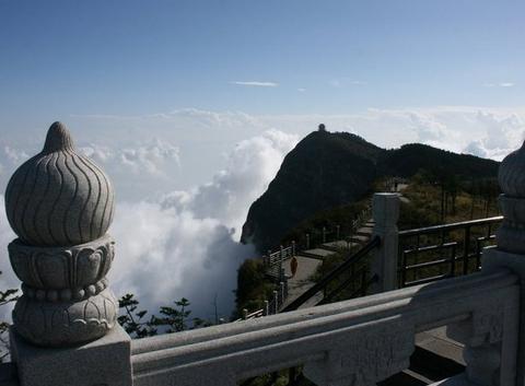 Le mont Emeï