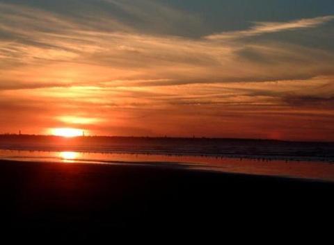 Coucher de soleil sur la plage d' El Jadida (MC)