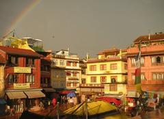 Apr�s l'orage � Katmandou