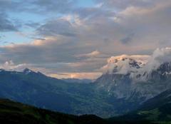 Jungfraujoch Coucher du soleil sur la vallée de Grindelwald