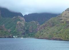 Brouillard Hiva-Oa 98741 Fin d'orage aux Marquises