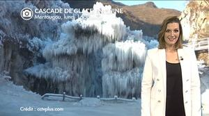 Superbe cascade de glace en Chine