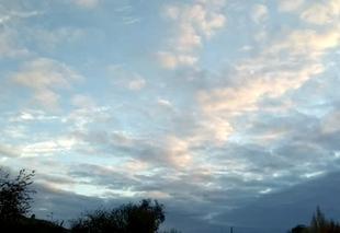 Avanton 86170 Le coucher de soleil et le tapis de nuage.