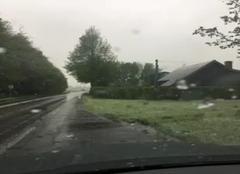 Neige Auberville-la-Campagne 76170 Neige en avril